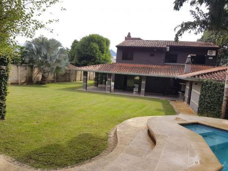 Vendo Hermosa Y Amplia Residencia En Zona Norte, A Metros De Asunción