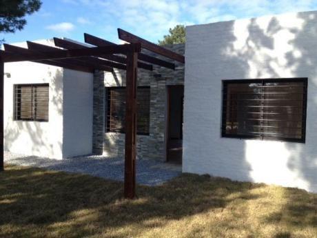 Impecable Casa A Estrenar En Pinamar Sur. Recomendada