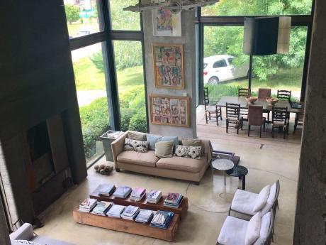 Casa Moderna En Carmel - 3 Dormitorios