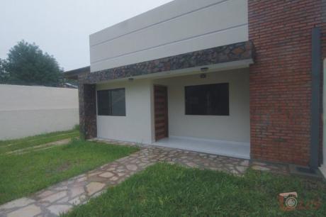 Vendo Casa En Lambaré, Zona Súper Pueblo