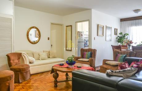 Apartamento De 1 Dormitorio Y Garaje En El Centro.