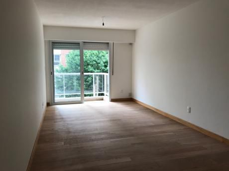 Vende Apartamento 2 Dormitorios En Pocitos Nuevo