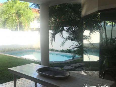 Hermosa Casa A Una Cuadra De La Av. San Martin