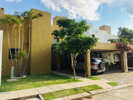 Casa En Condominio - Zona Norte