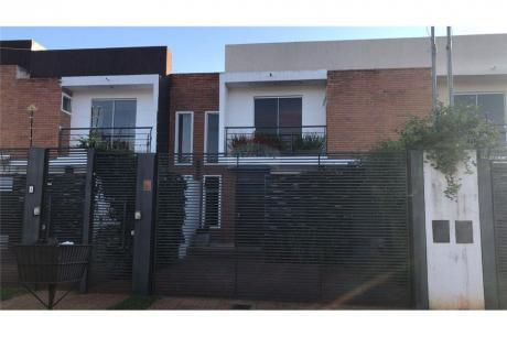 Confortable Duplex Con Pileta, Jardin De Oro Luque