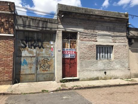 Depósito - Galpón, Próximo Av Uruguayana, Varios Fines!