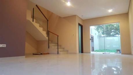 Duplex En Luque Zona Villa Adela