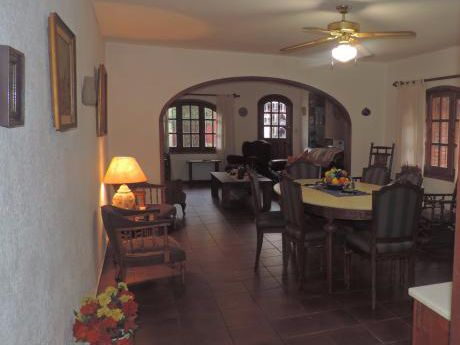 Venta  Casa En Prado Atahualpa 3 Dormitorios  Escritorio 2 Baños Garaje