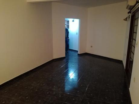 Alquilo Departamento Sobre Medicos Del Chaco - Lambare