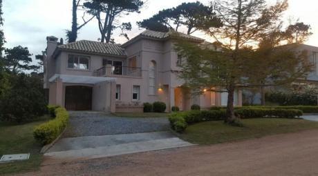 Casa En Barrio Cerrado De Punta Del Este
