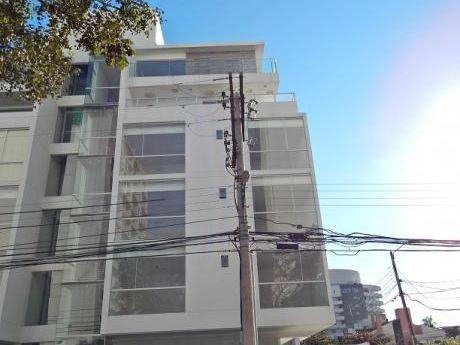 Departamento De Dos Habitaciones En Venta, Urbari