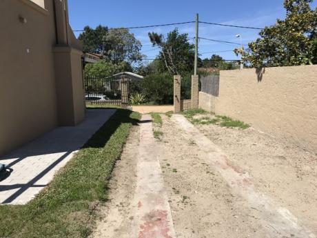Id 10827 - Excelente Chalet En Parque De Solymar. A Estrenar U156446 245.000