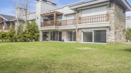 Apartamento En Carrasco Sur!!