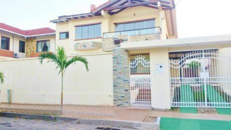 Casa Hermosa En Alquiler Zona Oeste Entre 2do Y 3er Anillo