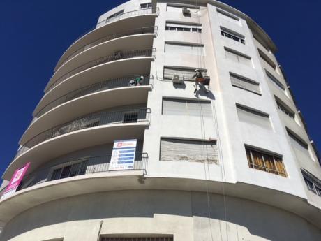 Venta Apartamento Brazo Oriental 2 Dormitorios Piso Alto
