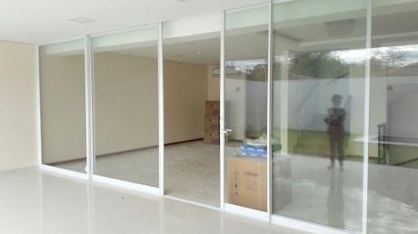 Alquiler Casa A Estrenar  Zona Mburucuya