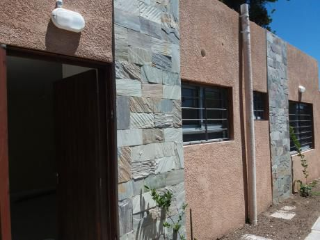 Alquiler Casa A Estrenar 2 Dormitorios, El Pinar Sur