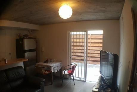 Oportunidad En Parque Rodó - 1 Dormitorio Patio Y Parrilla
