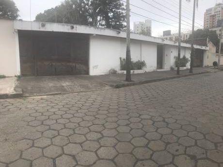 Casa En Venta A Metros De Av.principal