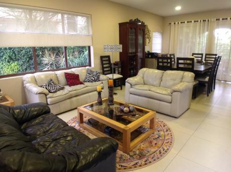 Condominio La Serena Hermosa Casa En Venta