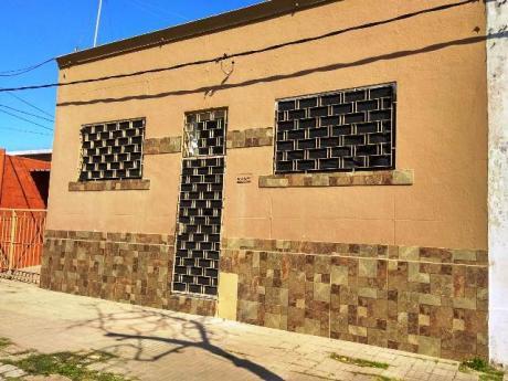 Impecable Casa A 150 Mt De Av San Martin