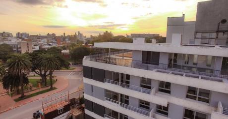 Apartamento De 2 Dormitorios Con Excelente Ubicación En Parque Batlle