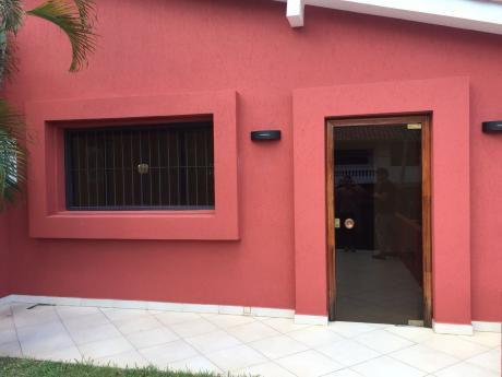 Casa Para Oficina En Ciudad Nueva