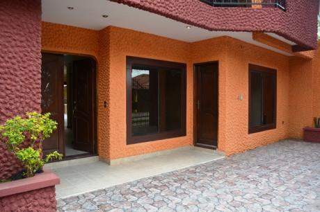 En Zona Residencial Vendo Hermosa Casa