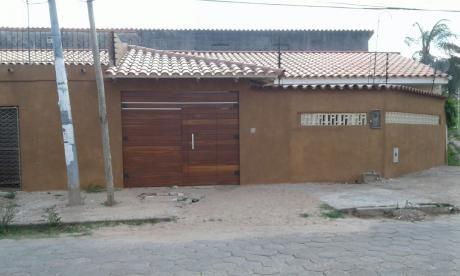 Casa En Alquiler $us. 800 (zona Av. Brasil Dentro Del 2do Anillo)