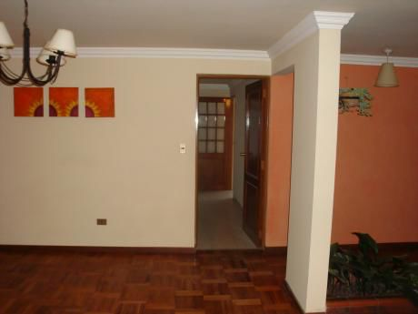 Hermosa Casa En Alquiler $us480.- !!