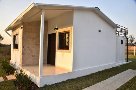 Casa De Verano A Estrenar En Ypacarai - San Bernardino