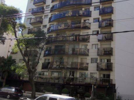Apartamento Con Mobiliario Completo - Para Diplomaticos O Contratados.