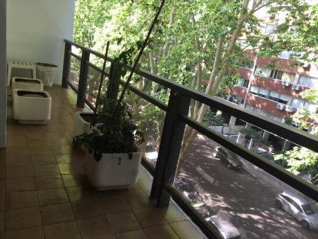 Apartamento En Pocitos 3 Dormitorios.