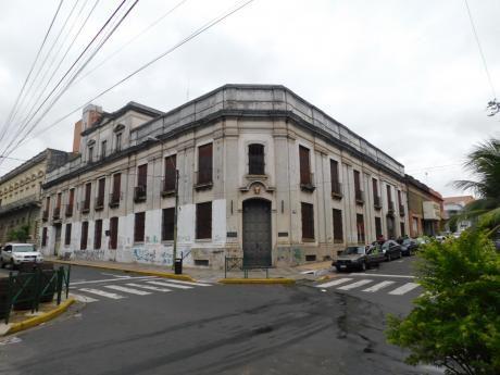 Alquilo Gran Oficina En El Corazon Del Centro De Asuncion A 10 Usd M2