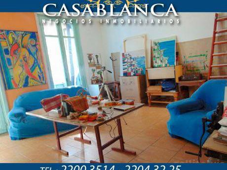 Casablanca - Hermoso Punto, Casa Esquina De Altos