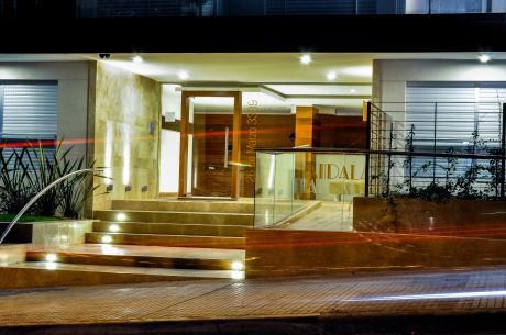 Excepcional Unidad De 3 Dormitorios + 2 Gges Prox. Al Wtc