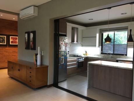 Vendo Espectacular Casa En 3 Niveles Zona Casa Rica