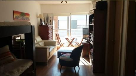Venta De Apartamento 1 Dormitorio En Pocitos, Montevideo