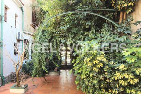Hermosa Casa De Dos Plantas En Pocitos