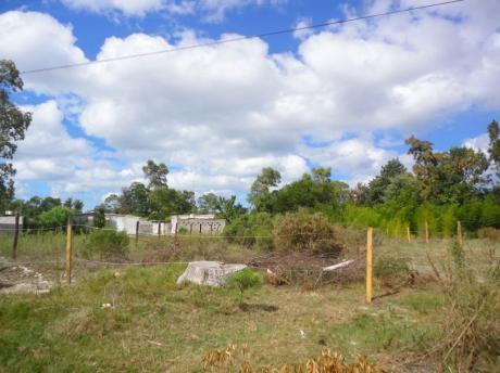 Terreno En Parque Del Plata Norte 135pp