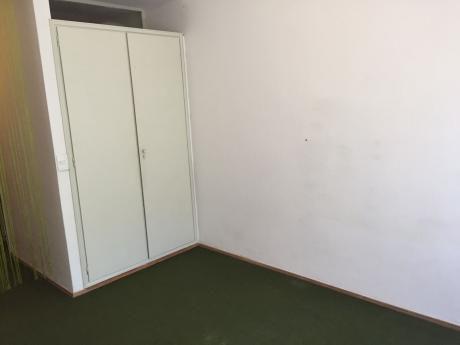 Monoambiente Amplio Casi 1 Dormitorio Al Frente C/equipamiento