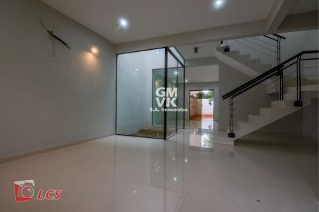 Vendo  Duplex A Estrenar En Lambare Zona Municipalidad