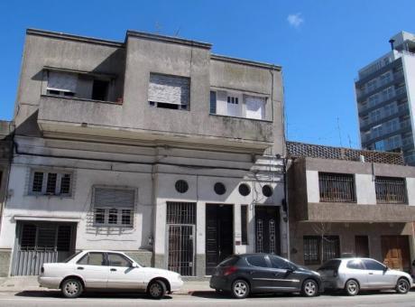 Casa De Altos, Prox Plaza Serengi, 2 Dorm, Balcon 120mts.sin Gastos!