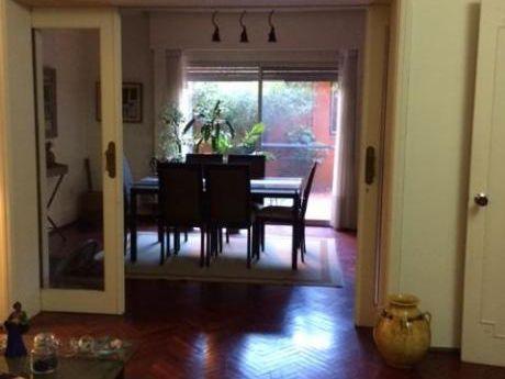 Silvestre Blanco Y Obligado .muy Buena Casa ,muy Amplia Y Sólida Construcción