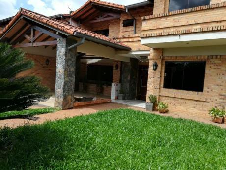 Alquilo Casa En Villa Aurelia.