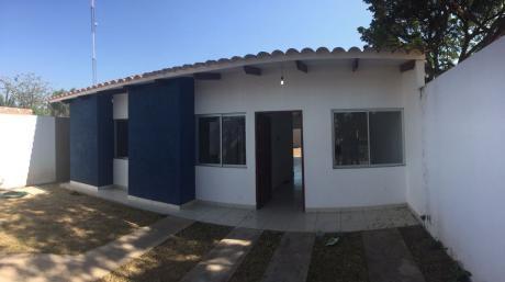 Casa Económica A Estrenar En Venta - Barrio Amboró Santa Cruz