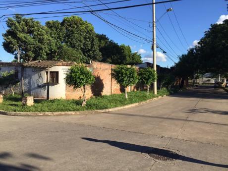 Lote En El Barrio La Morita A Dos Cuadras Del Tercer Anillo Externo
