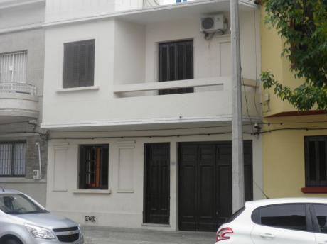Casa En Venta Proximo A Parque Batlle 4 Dorm, Garaje Patio Y Parrillero