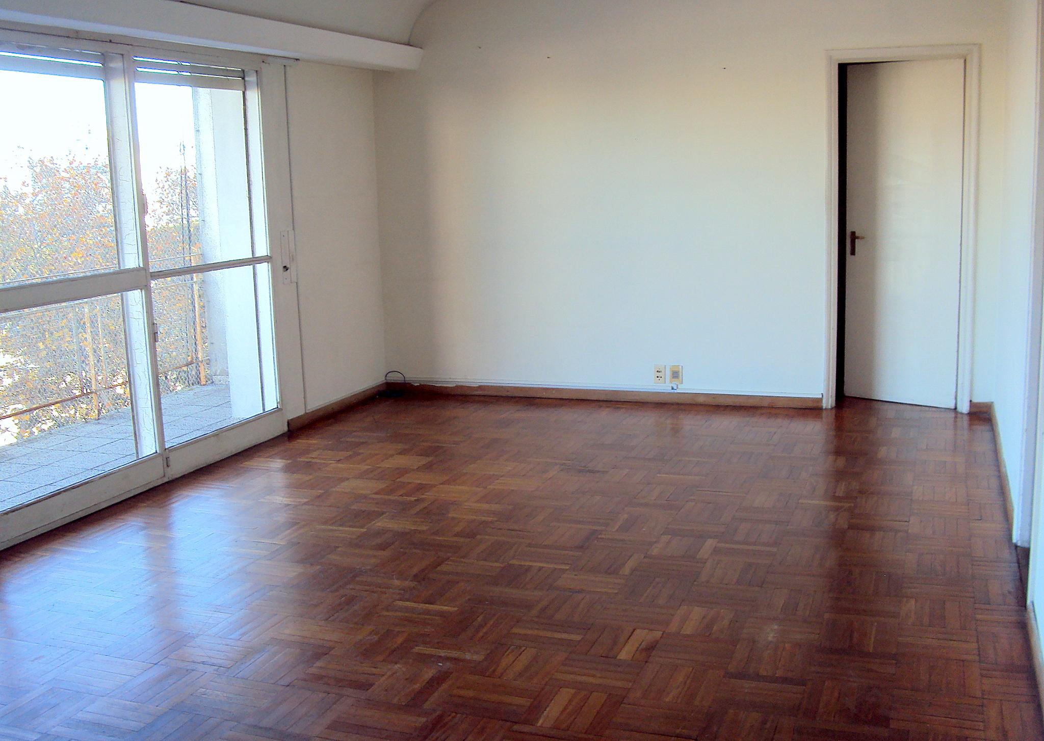 Luminoso , 117 mts - 3 dormitorios, 2 baños garage y box - POCITOS
