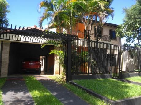Vendo Casa  4 Dormitorios En Loma Merlo -luque